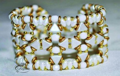 Pattern Puca Bracelet Beta uses Kheops Foc with bead purchase