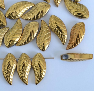Cn Leaf H Gold Rich  Gold 19x8mm  Chinese Glass Bead x 10