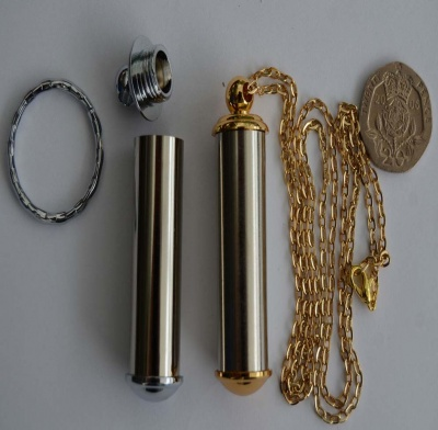 Beadable Pill Holder Secret Compartment Pendant Keyring Gold Or Chrome Plated