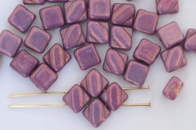 Silky Purple Vega On Alabaster 02010-15726 Czech Glass Beads x 10g