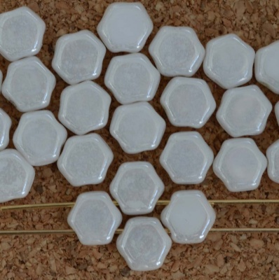 Honeycomb White Chalk White Shimmer 03000-14400 Czech Glass Beads x 30
