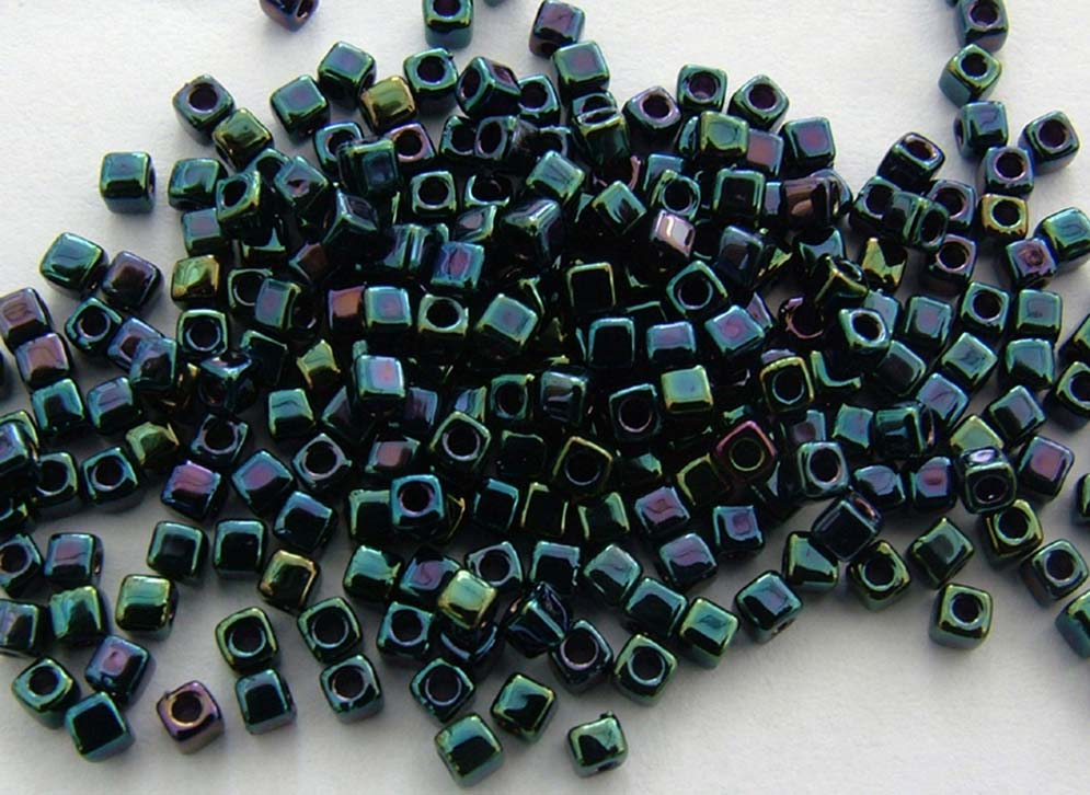 Miyuki Cube 1.8mm Blue SB18-0455 Metallic Dark Variegated Iris Bead 10g